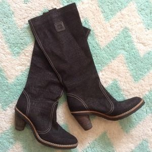 exc STUART WEITZMAN pull-on leather heeled boots 7